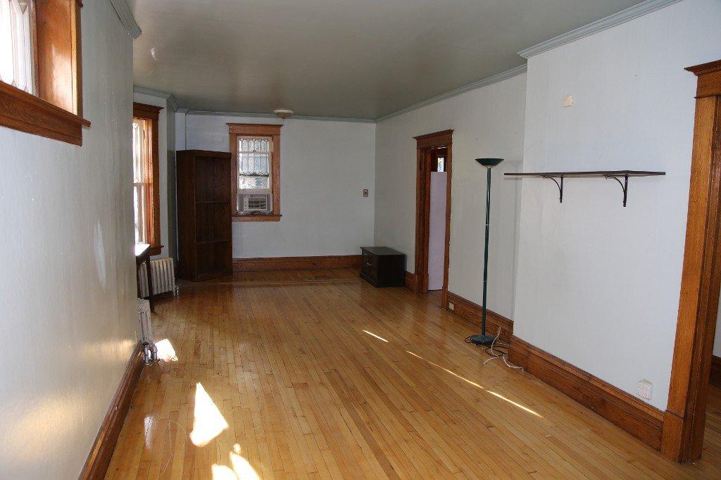 Photo 5: Photos: 46 Arlington Street in Winnipeg: WOLSELEY Single Family Detached for sale (West Winnipeg)  : MLS®# 1421796