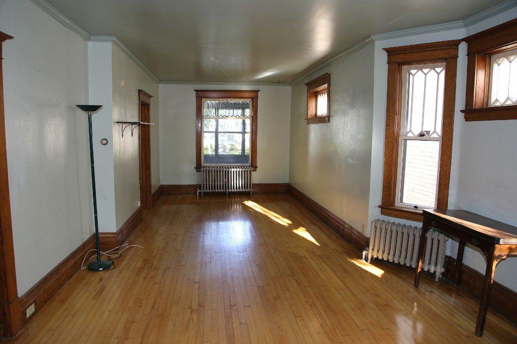 Photo 4: Photos: 46 Arlington Street in Winnipeg: WOLSELEY Single Family Detached for sale (West Winnipeg)  : MLS®# 1421796