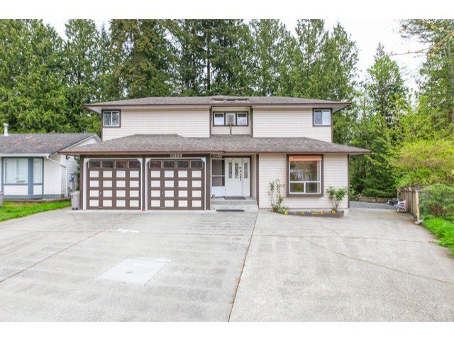 Main Photo: 11804 249 ST in Maple Ridge: Websters Corners House for sale : MLS®# V1118861