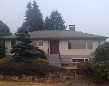 Main Photo: 419 Lakeview St Street in Coquitlam: House for sale : MLS®# Exclusive