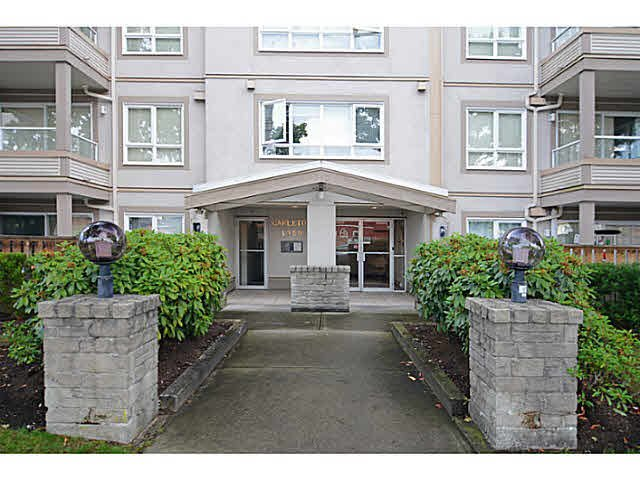 Main Photo: 403 4950 MCGEER STREET in Vancouver: Collingwood VE Condo for sale (Vancouver East)  : MLS®# V1142563