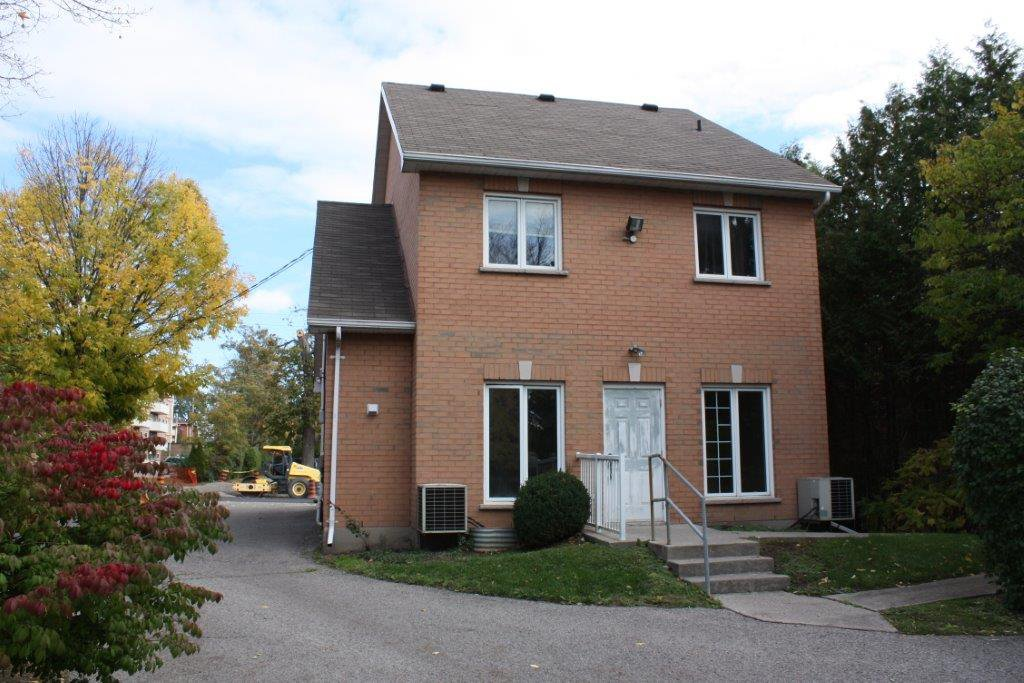 Photo 2: Photos: 423 Division in Cobourg: Multifamily for sale : MLS®# 510950305A