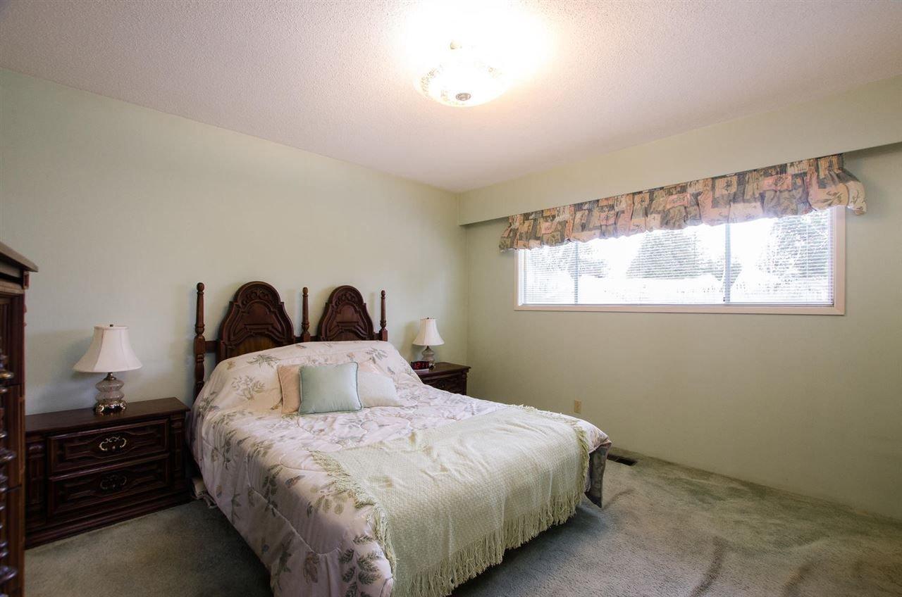 Photo 12: Photos: 4989 6 AVENUE in Delta: Tsawwassen Central House for sale (Tsawwassen)  : MLS®# R2235874