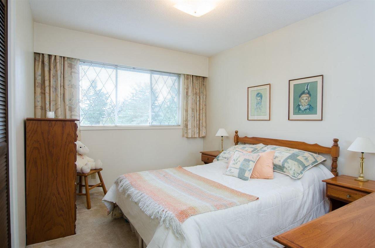 Photo 13: Photos: 4989 6 AVENUE in Delta: Tsawwassen Central House for sale (Tsawwassen)  : MLS®# R2235874