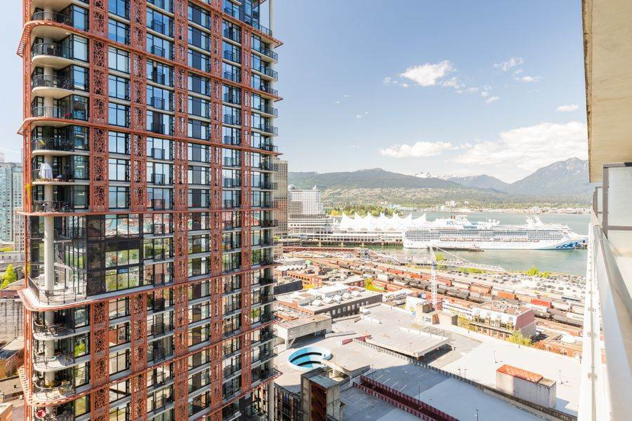 Photo 9: Photos: 2305 108 W CORDOVA STREET in Vancouver: Downtown VW Condo for sale (Vancouver West)  : MLS®# R2365393