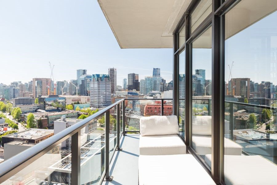 Photo 8: Photos: 2305 108 W CORDOVA STREET in Vancouver: Downtown VW Condo for sale (Vancouver West)  : MLS®# R2365393
