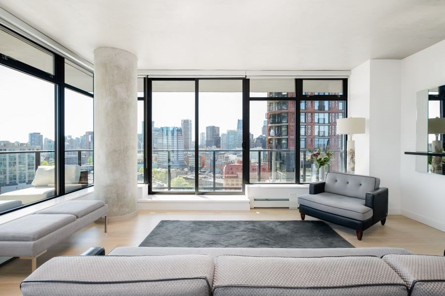 Photo 3: Photos: 2305 108 W CORDOVA STREET in Vancouver: Downtown VW Condo for sale (Vancouver West)  : MLS®# R2365393
