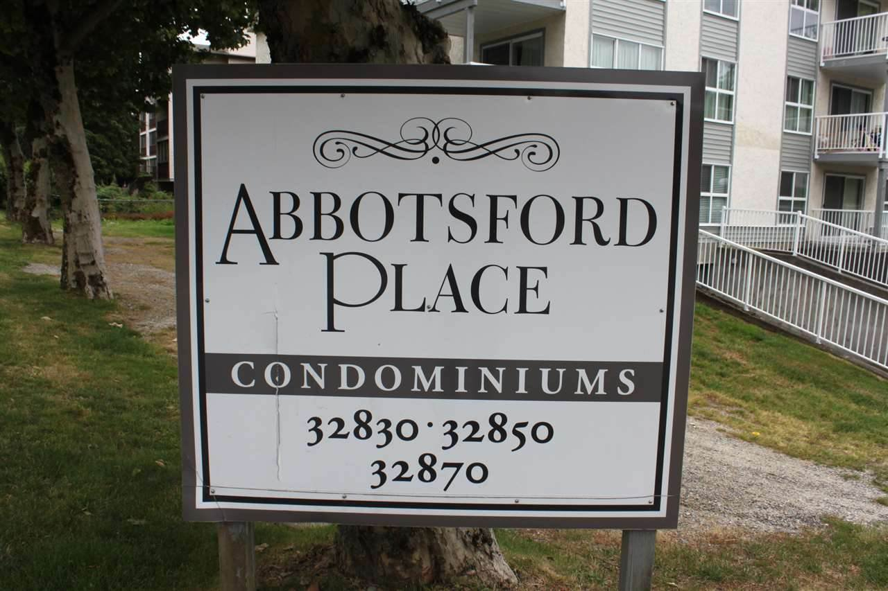 Main Photo: 204 32870 GEORGE FERGUSON Way in Abbotsford: Central Abbotsford Condo for sale : MLS®# R2397555