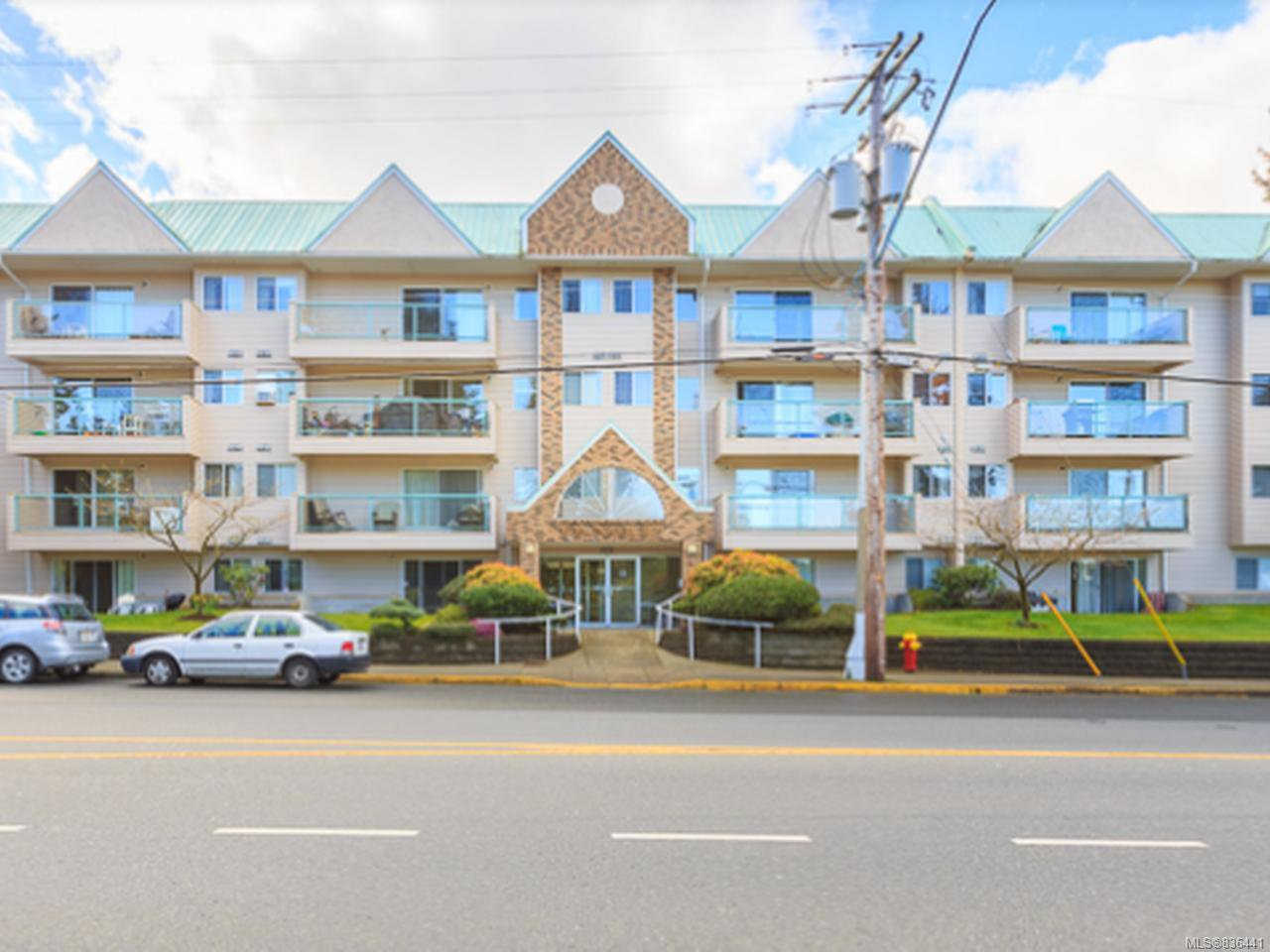 Main Photo: 406 6715 Dover Rd in NANAIMO: Na North Nanaimo Condo for sale (Nanaimo)  : MLS®# 836441