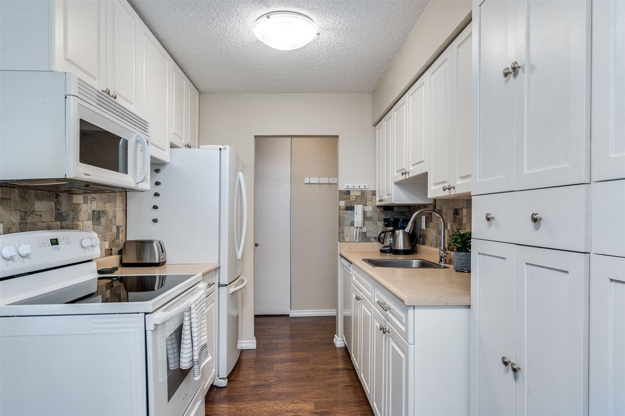 "Photo 10: Photos: 1 2432 WILSON Avenue in Port Coquitlam: Central Pt Coquitlam Condo for sale in ""ORCHARD VALLEY ESTAT3ES"" : MLS®# R2464176"