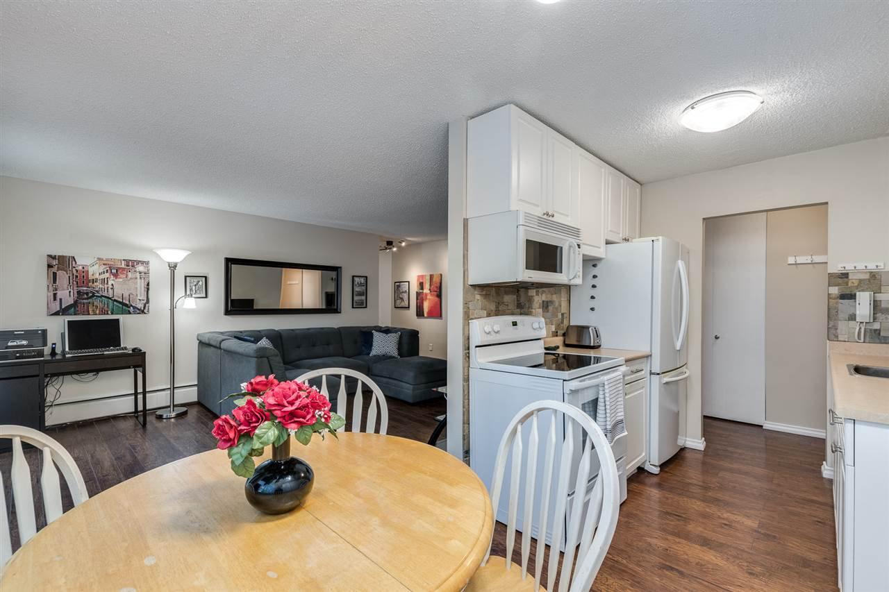 "Photo 9: Photos: 1 2432 WILSON Avenue in Port Coquitlam: Central Pt Coquitlam Condo for sale in ""ORCHARD VALLEY ESTAT3ES"" : MLS®# R2464176"