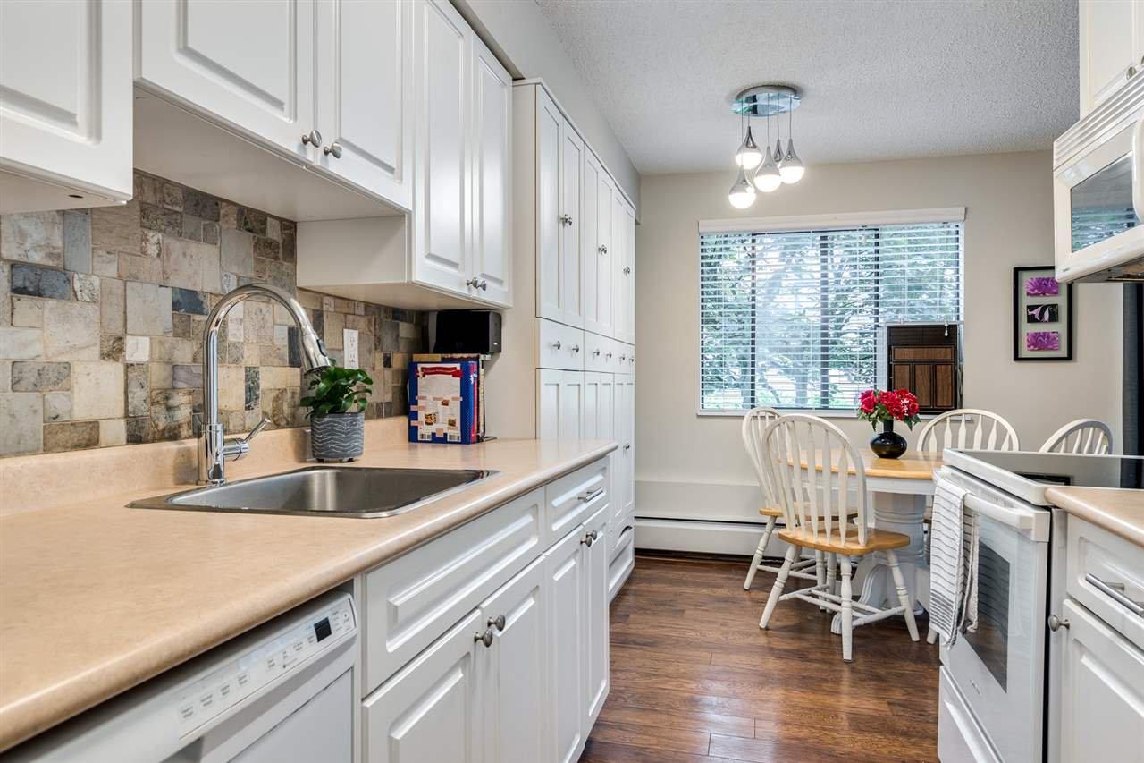 "Photo 12: Photos: 1 2432 WILSON Avenue in Port Coquitlam: Central Pt Coquitlam Condo for sale in ""ORCHARD VALLEY ESTAT3ES"" : MLS®# R2464176"