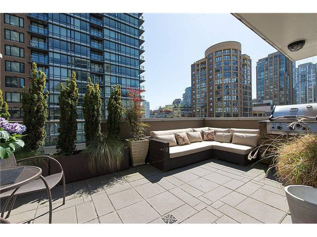"Main Photo: 519 1055 RICHARDS Street in Vancouver: Downtown VW Condo for sale in ""DONOVAN"" (Vancouver West)  : MLS®# V1003213"