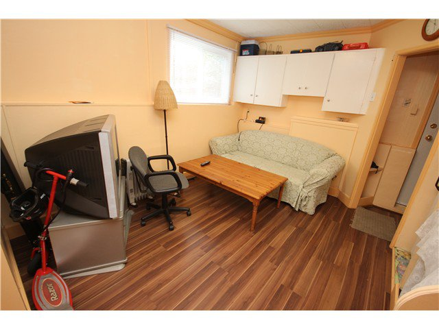 Photo 4: Photos: 2355 CLARK DR in Vancouver: Mount Pleasant VE House for sale (Vancouver East)  : MLS®# V1062180