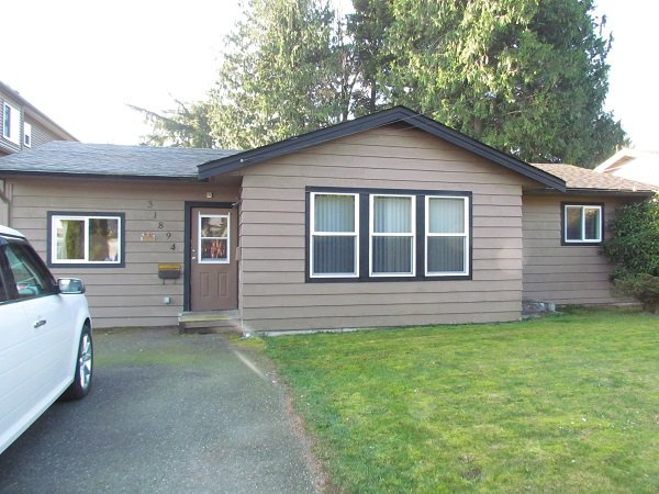 Main Photo: 31894 Oak Avenue in Abbotsford: Cleakbrook House for rent