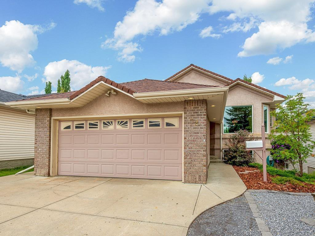 Main Photo: 32 HARVEST OAK Drive NE in Calgary: Harvest Hills Detached for sale : MLS®# C4262897