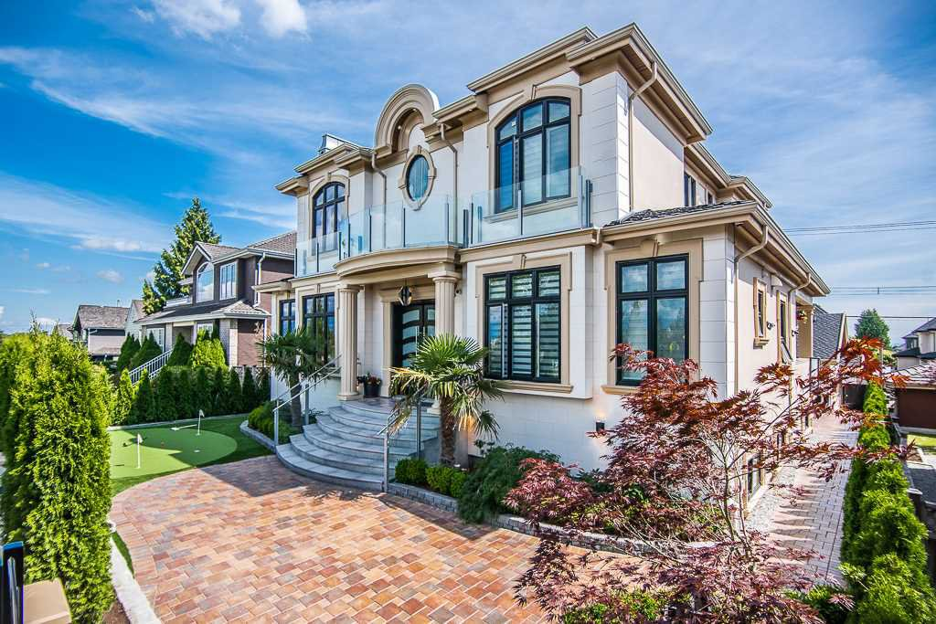 Main Photo: 1238 W 45TH Avenue in Vancouver: South Granville House for sale (Vancouver West)  : MLS®# R2411777