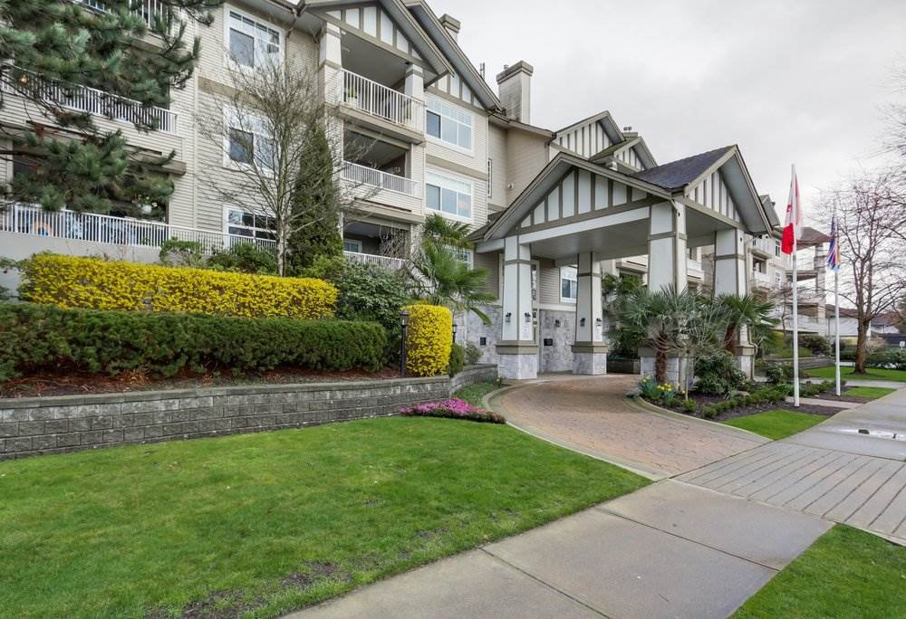 """Main Photo: 312 4770 52A Street in Delta: Delta Manor Condo for sale in """"WESTHAM LANE"""" (Ladner)  : MLS®# R2422080"""