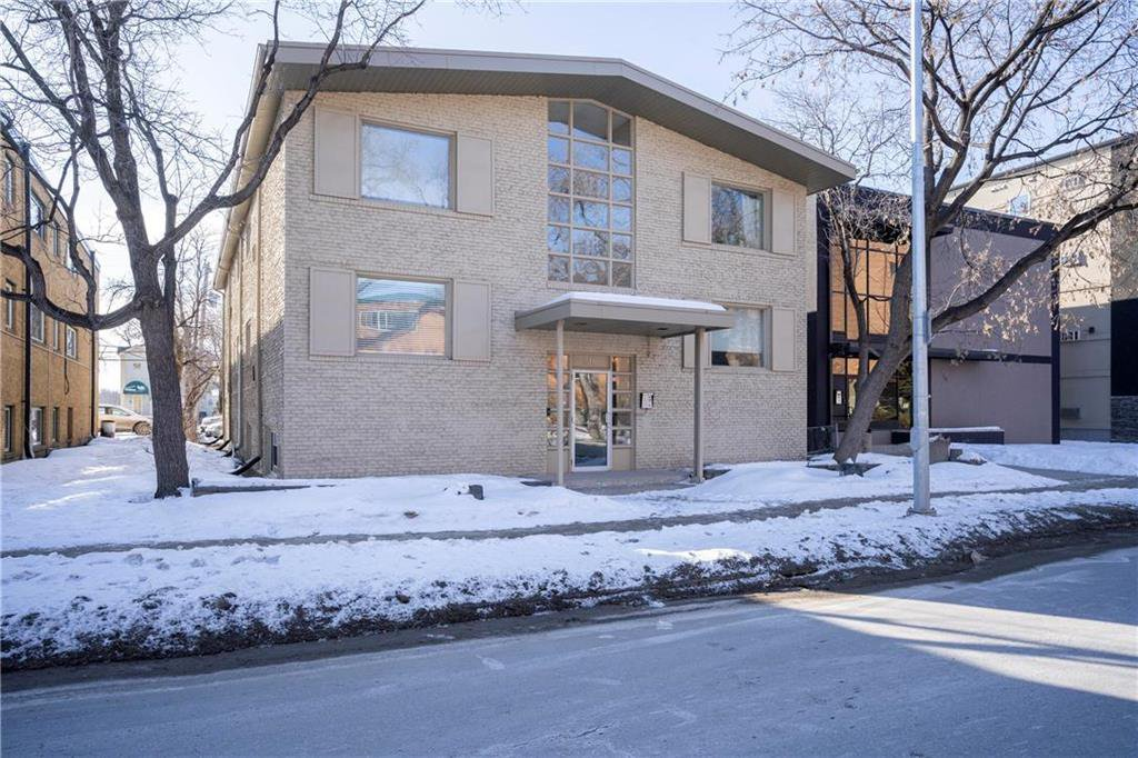Main Photo: 12 310 Stradbrook Avenue in Winnipeg: Condominium for sale (1B)  : MLS®# 202006569