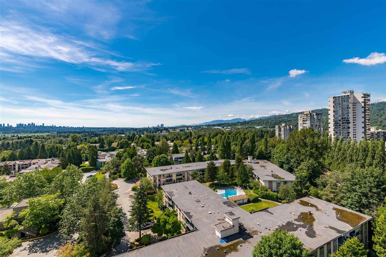 """Main Photo: 1605 3970 CARRIGAN Court in Burnaby: Government Road Condo for sale in """"DISCOVERY PLACE"""" (Burnaby North)  : MLS®# R2469921"""