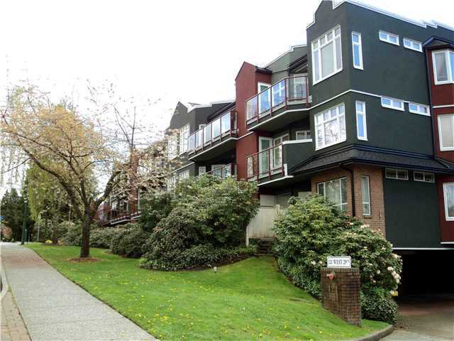 Main Photo: 309 121 W 29TH Street in North Vancouver: Upper Lonsdale Condo for sale : MLS®# V936872