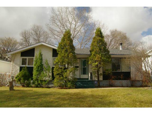 Main Photo: 22 McGill Avenue in WINNIPEG: Fort Garry / Whyte Ridge / St Norbert Residential for sale (South Winnipeg)  : MLS®# 1205425