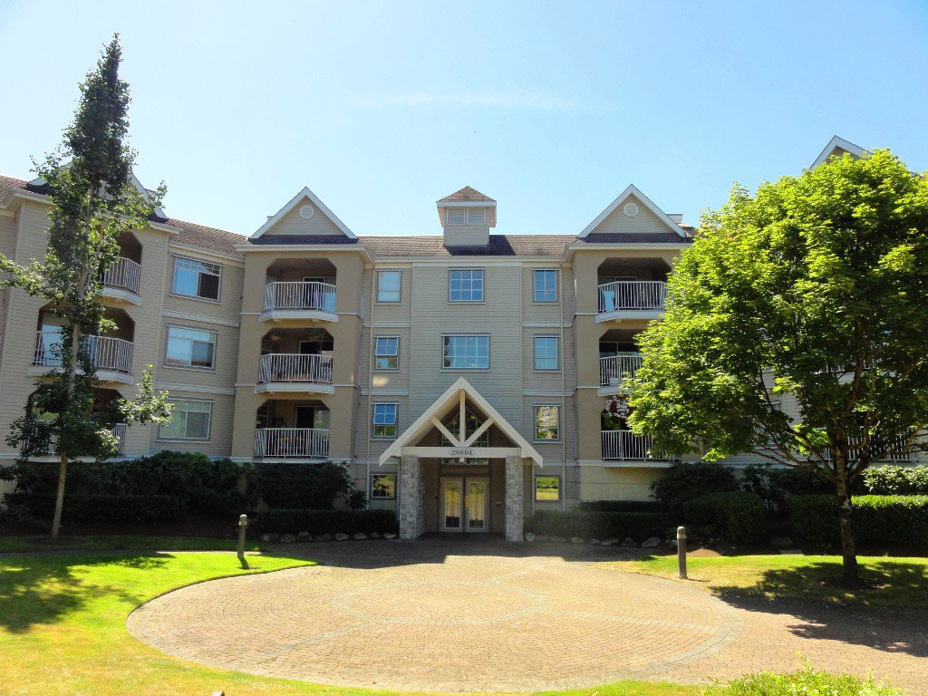 "Main Photo: 317 20894 57TH Avenue in Langley: Langley City Condo for sale in ""BAYBERRY LANE"" : MLS®# F1227387"