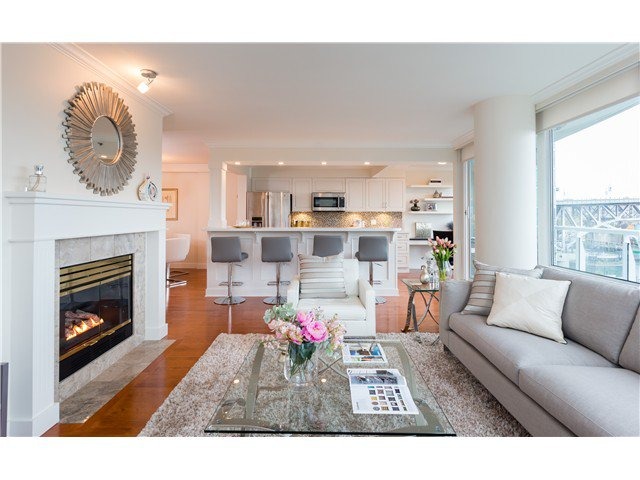 Photo 2: Photos: 1005 1500 HORNBY Street in Vancouver: Yaletown Condo  (Vancouver West)  : MLS®# V1129040