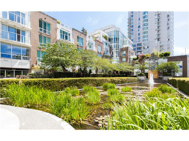 Photo 4: Photos: 1005 1500 HORNBY Street in Vancouver: Yaletown Condo  (Vancouver West)  : MLS®# V1129040