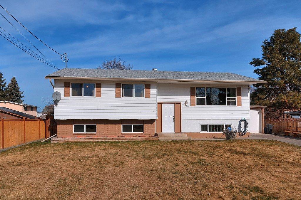 Main Photo: 590 Balmoral Road in Kelowna: Rutland House for sale : MLS®# 10112000
