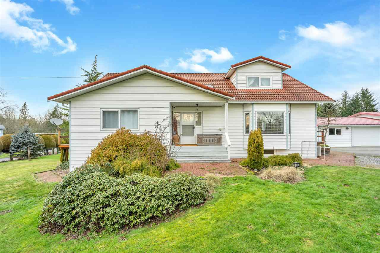 """Main Photo: 26167 24 Avenue in Langley: Otter District House for sale in """"South Otter"""" : MLS®# R2435653"""