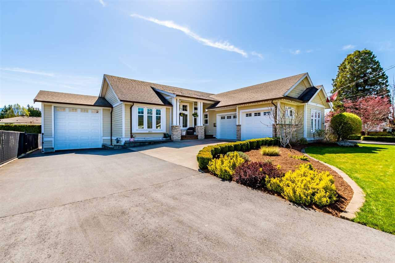 Main Photo: 46670 PORTAGE Avenue in Chilliwack: Chilliwack N Yale-Well House for sale : MLS®# R2451506