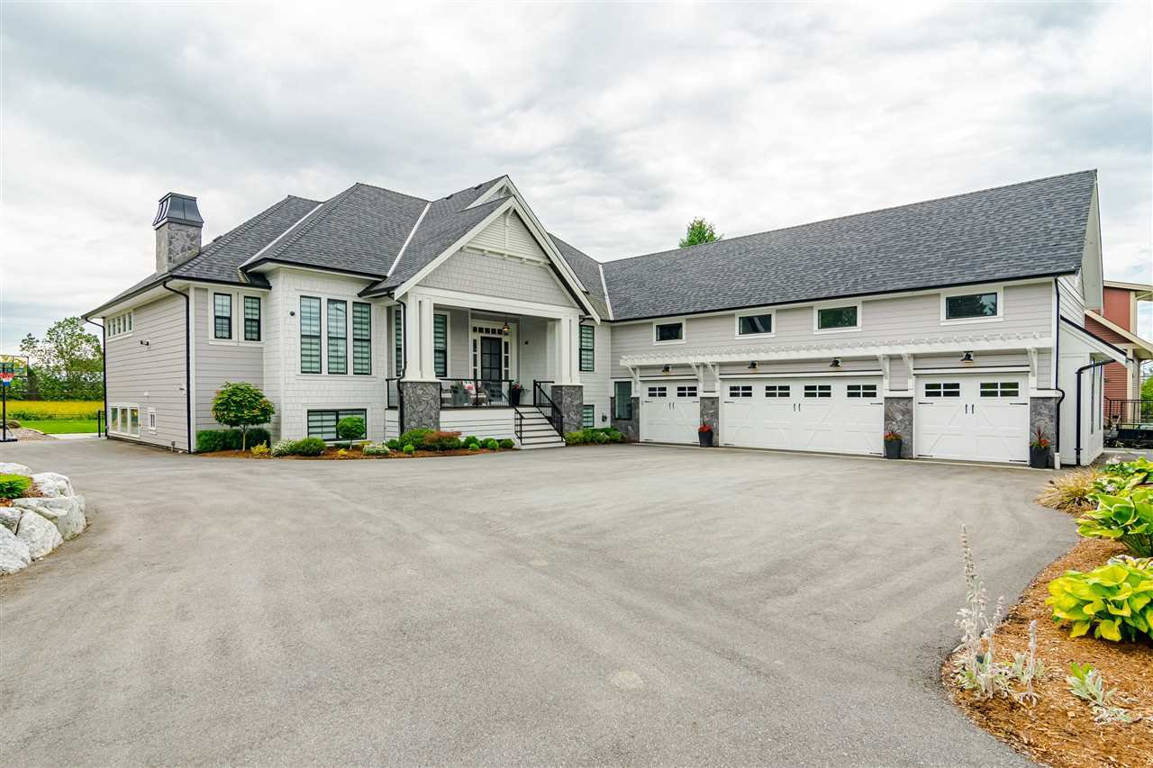 Main Photo: 23244 34A Avenue in Langley: Campbell Valley House for sale : MLS®# R2466376