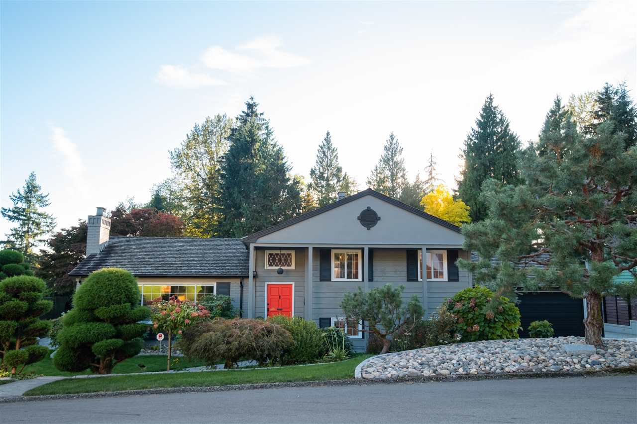 Main Photo: 492 SILVERDALE Place in North Vancouver: Upper Delbrook House for sale : MLS®# R2507699