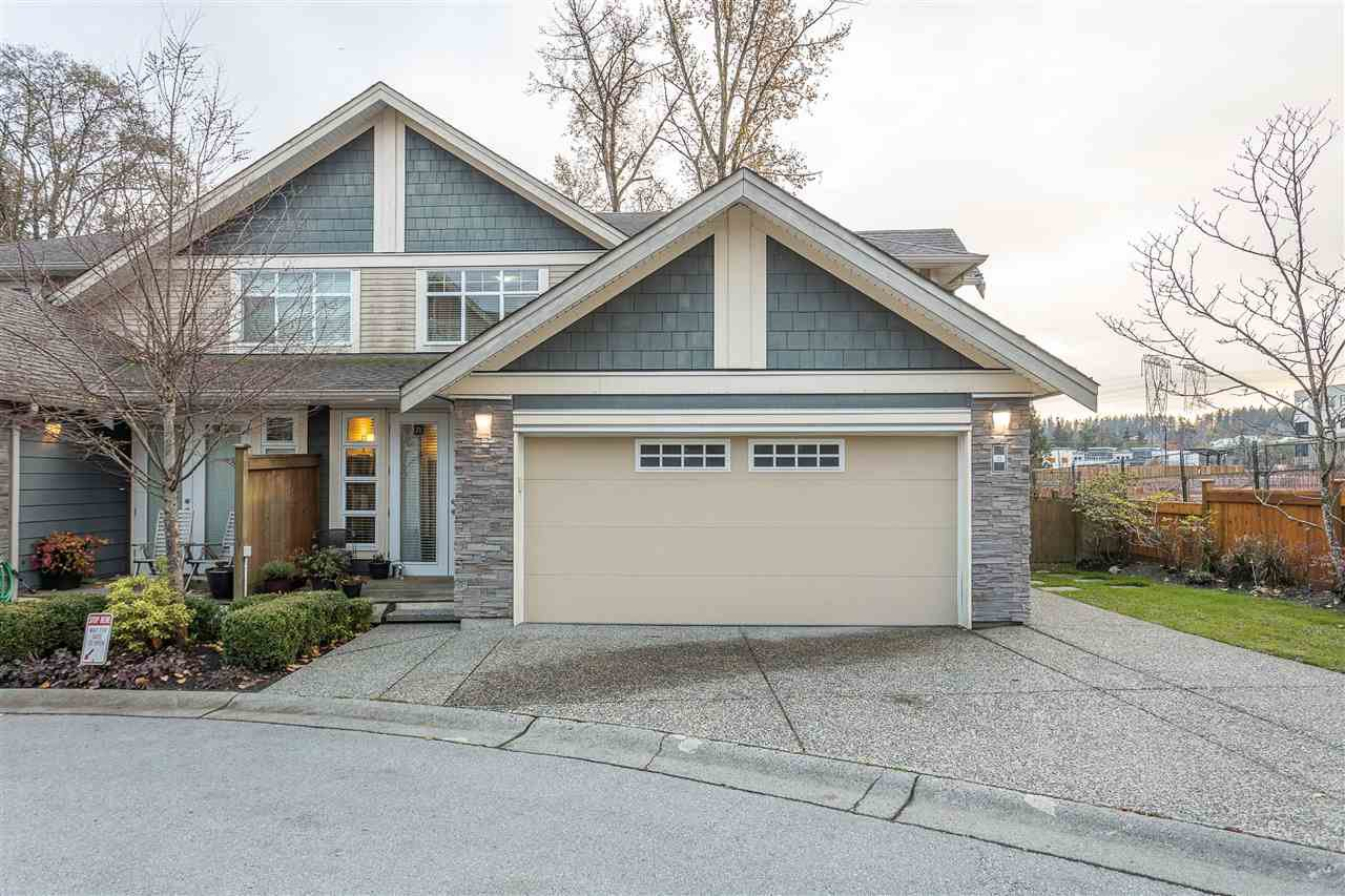 "Main Photo: 21 15454 32 Avenue in Surrey: Grandview Surrey Townhouse for sale in ""Nuvo 1"" (South Surrey White Rock)  : MLS®# R2517099"