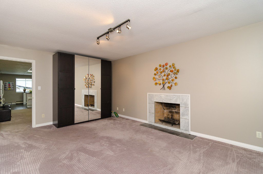 Photo 20: Photos: 6430 CURTIS Street in Burnaby: Parkcrest House for sale (Burnaby North)  : MLS®# V981822