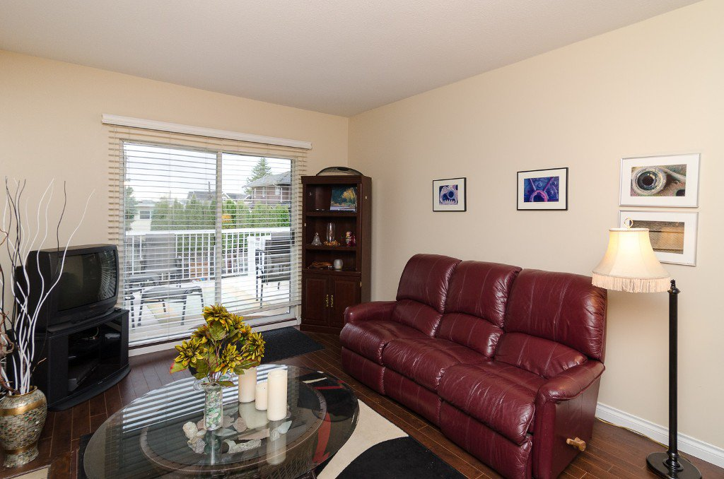 Photo 11: Photos: 6430 CURTIS Street in Burnaby: Parkcrest House for sale (Burnaby North)  : MLS®# V981822