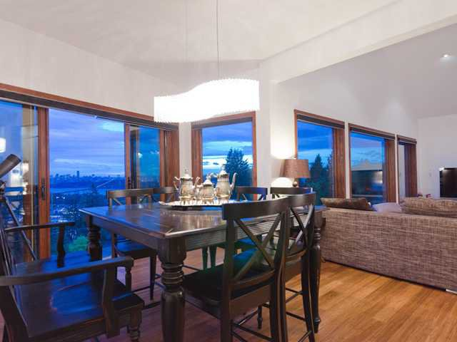 Photo 4: Photos: 848 YOUNETTE Drive in West Vancouver: Sentinel Hill House for sale