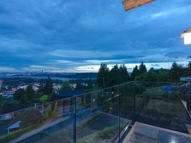 Photo 9: Photos: 848 YOUNETTE Drive in West Vancouver: Sentinel Hill House for sale