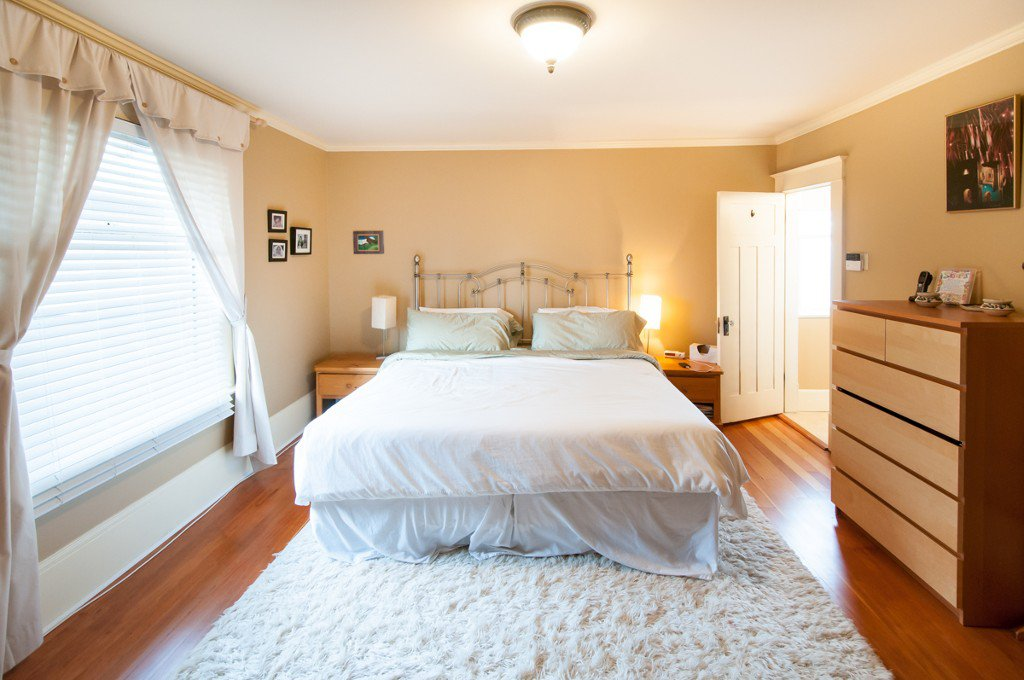 """Photo 21: Photos: 323 4TH ST in New Westminster: Queens Park House for sale in """"QUEENS PARK"""" : MLS®# V1001723"""