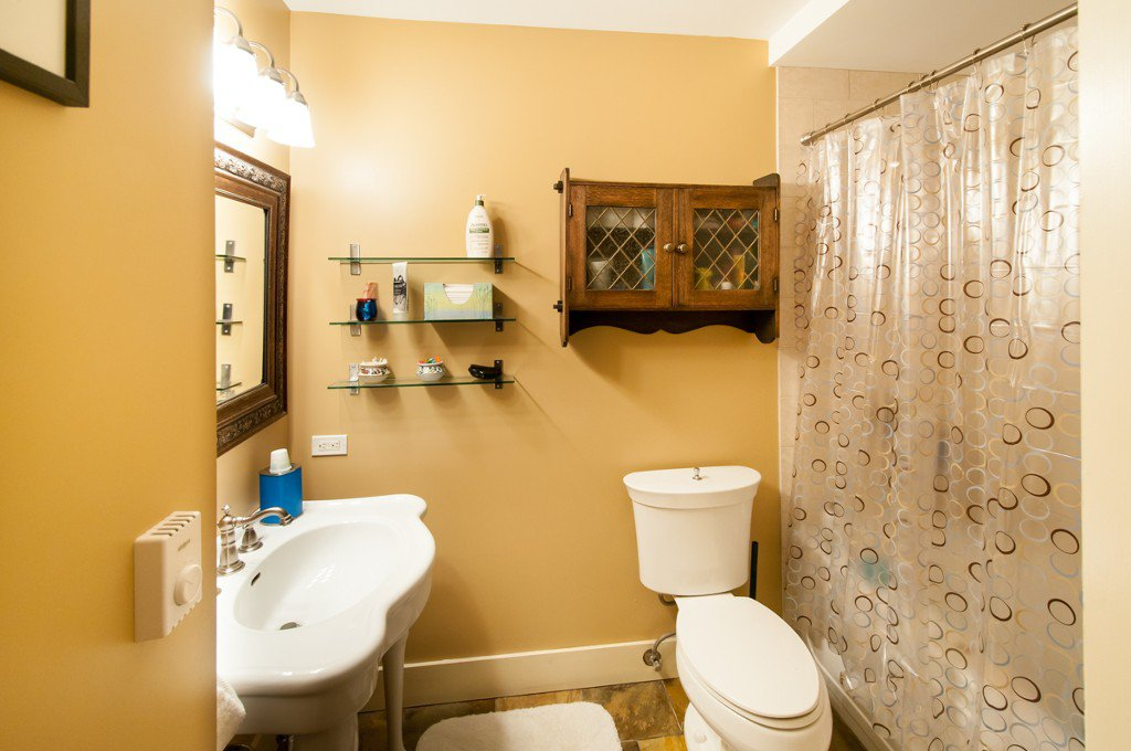 """Photo 22: Photos: 323 4TH ST in New Westminster: Queens Park House for sale in """"QUEENS PARK"""" : MLS®# V1001723"""