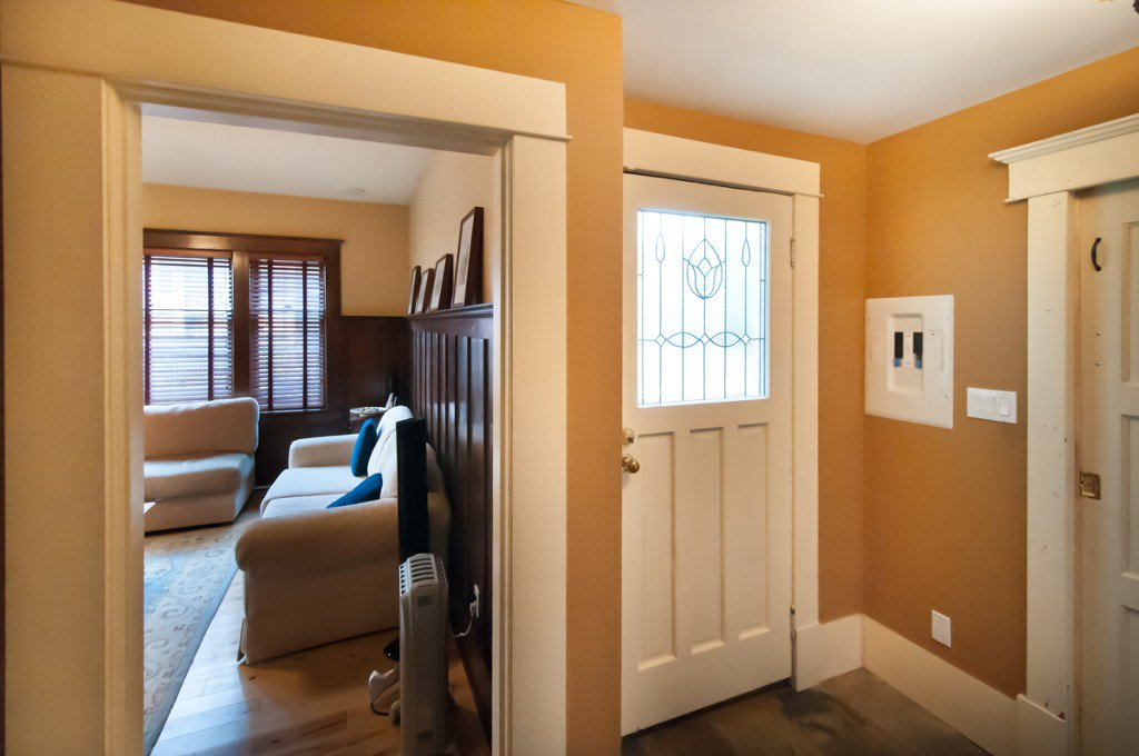 """Photo 15: Photos: 323 4TH ST in New Westminster: Queens Park House for sale in """"QUEENS PARK"""" : MLS®# V1001723"""