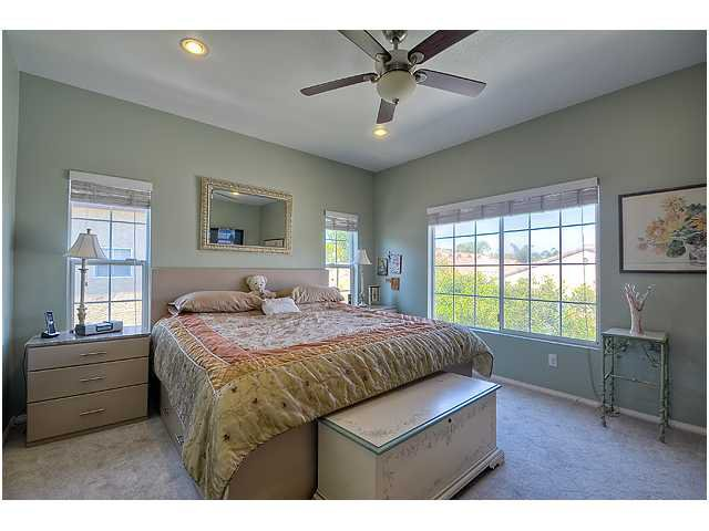 Photo 21: Photos: SCRIPPS RANCH Townhome for sale : 3 bedrooms : 11821 Miro Circle in San Diego