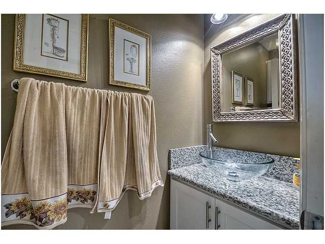 Photo 16: Photos: SCRIPPS RANCH Townhome for sale : 3 bedrooms : 11821 Miro Circle in San Diego