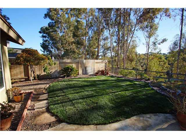 Photo 16: Photos: SCRIPPS RANCH House for sale : 4 bedrooms : 10453 Avenida Magnifica in San Diego