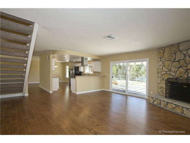 Photo 7: Photos: SCRIPPS RANCH House for sale : 4 bedrooms : 10453 Avenida Magnifica in San Diego