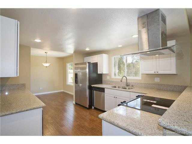 Photo 6: Photos: SCRIPPS RANCH House for sale : 4 bedrooms : 10453 Avenida Magnifica in San Diego