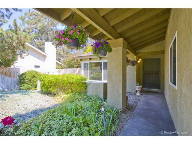 Photo 2: Photos: SCRIPPS RANCH House for sale : 4 bedrooms : 10453 Avenida Magnifica in San Diego