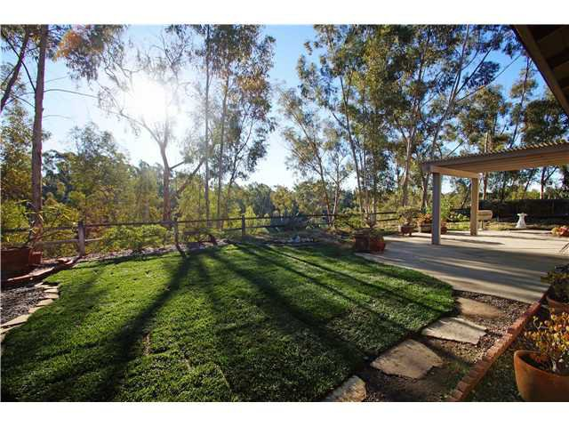 Photo 17: Photos: SCRIPPS RANCH House for sale : 4 bedrooms : 10453 Avenida Magnifica in San Diego