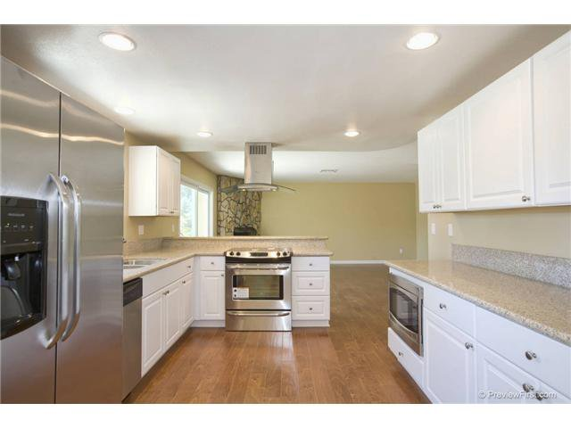 Photo 5: Photos: SCRIPPS RANCH House for sale : 4 bedrooms : 10453 Avenida Magnifica in San Diego